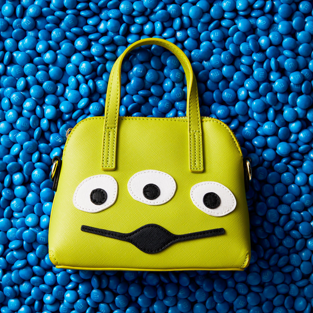 toy story novelty handbag still life shot in studio at wow pictures melbourne